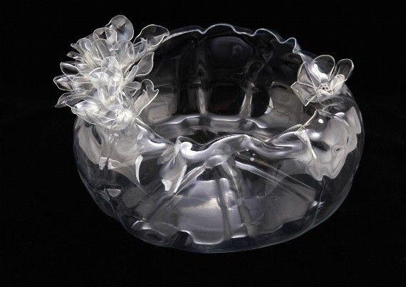 Kamilanascimento.blogspot.com         http://rodrigobarba.com/blog/2008/11/27/joias-com-materiais-reciclados/    Designer bra...