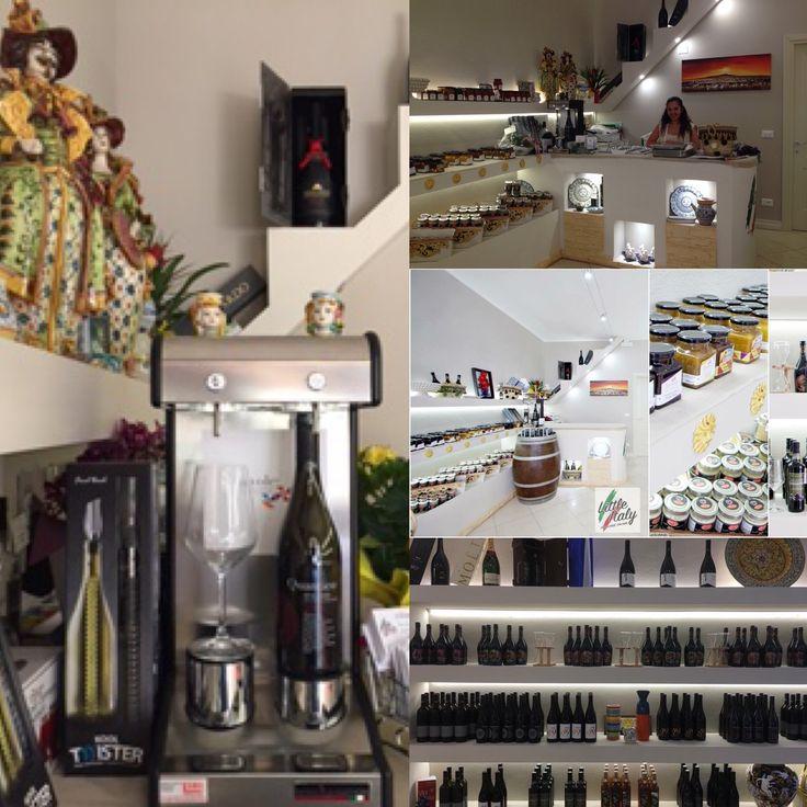 Anche #LittleItaly di #Mirandola ha scelto il nostro #dispenservino WineEmotion - 2Due! www.idssermide.com