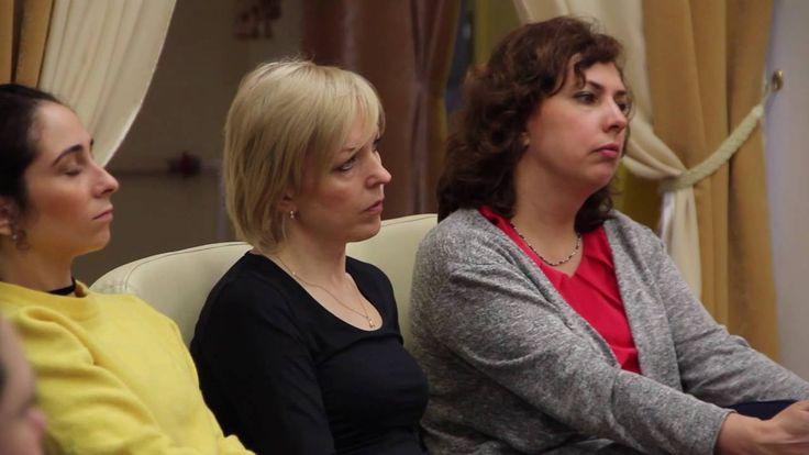 Аспиранты Высшей школы экономики в Центре Брахма Кумарис. Санкт-Петербург.