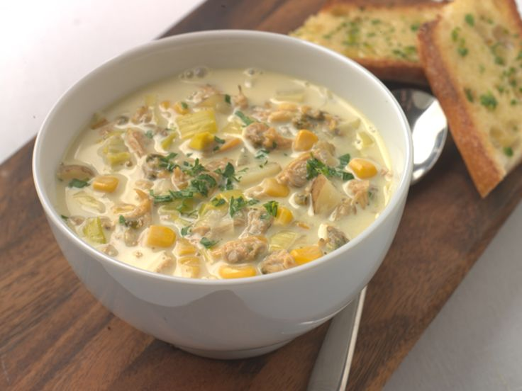 Make Life Easy with this Clams, Leek and Sweet Corn Chowder recipe! LIKE us at https://www.facebook.com/goldseal  #PinToWin #NoDrainer #MakeLifeEasy