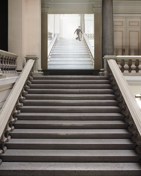 "Sebastian Stumpf. Installation View ""Performance #20"", Landesgalerie Linz, 2009, 54 Seconds, Loop"