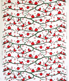 I love this Chrismassy fabric with beautiful red bullfinches by Anna Viktorsson, Frösö Handtryck, Sweden