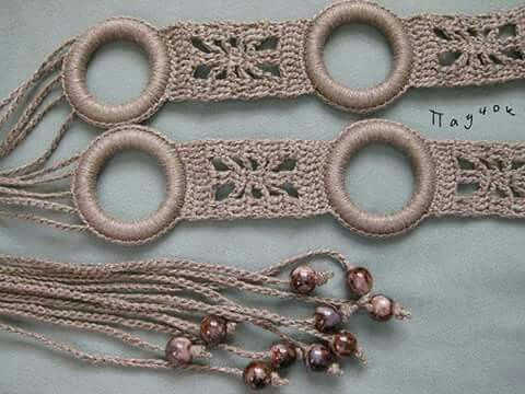 Crochet belt inspiration. Rings and beads tussle?