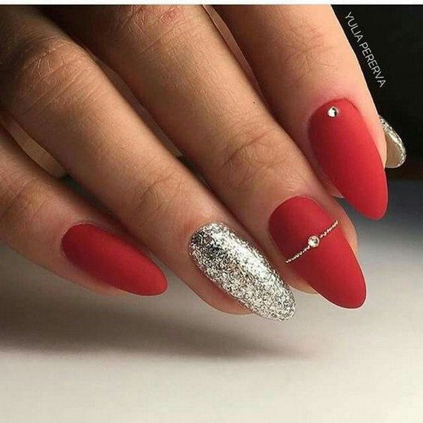80 Easy Valentine S Day Nail Art Ideas Designs 2020 Flymeso Blog Minimalist Nails Red Acrylic Nails Christmas Nails Acrylic