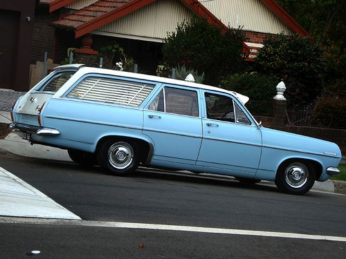 Holden HR Wagon
