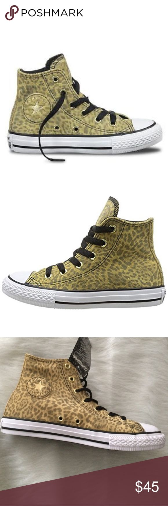 🌴☀️SALE! Converse womens size 7 shoe Leather Brand new. Shoes are a juniors size 5 which is a women's size 7 Converse Shoes Sneakers