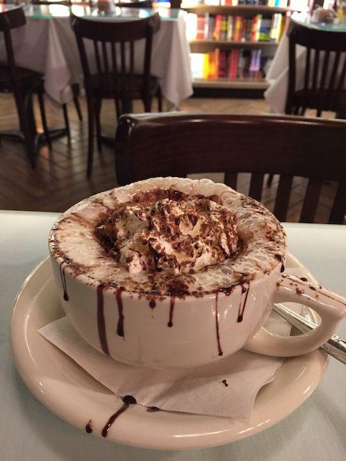 Hot Chocolate at Cafe Intermezzo, Atlanta Airport Concourse B, Atlanta, USA