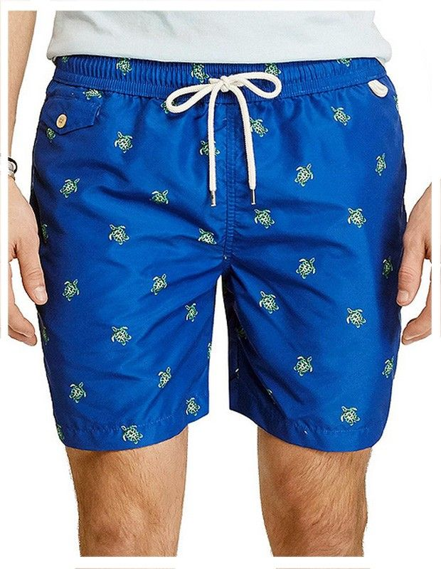 Exclusivo bañador para hombre de Polo Ralph Lauren en azul y tortugas marinas en verde. Prenda de secado rápido. Más modelos en nuestra web varelaintimo.com