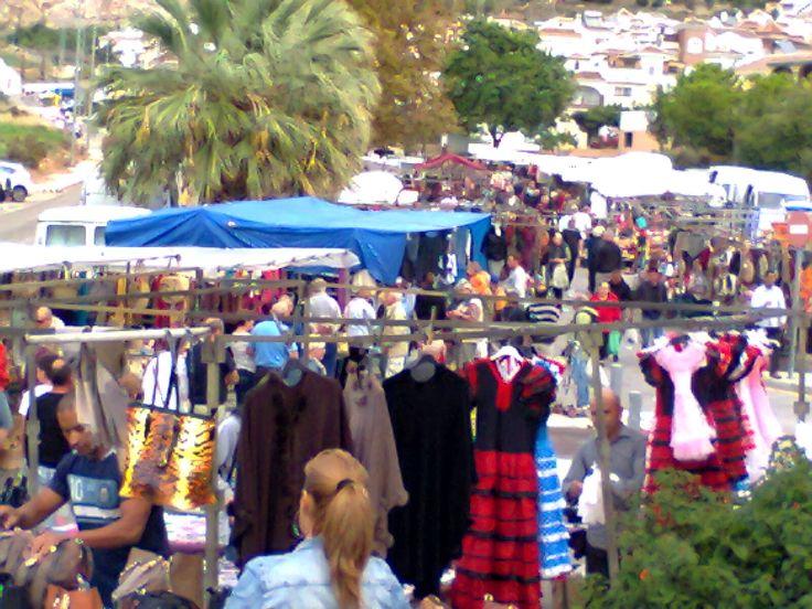 The Nerja street market is on Tuesdays from 9am to 2pm. There is a car boot sale on Sundays at the same spot.