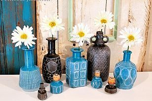 Rust-Oleum spray paint for glass decanters!