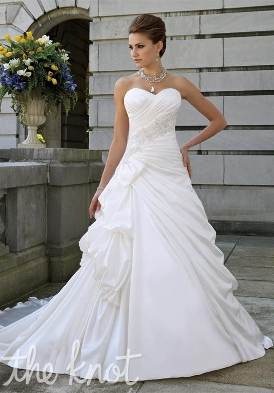 David Tutera for Mon Cheri 112217 Lisbeth. I don't usually pin wedding dresses but this is stunning.