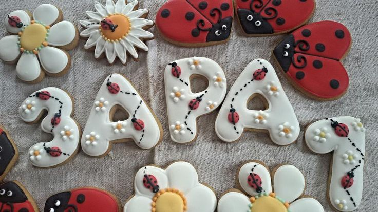 Birthday ladybug cookies | Cookie Connection
