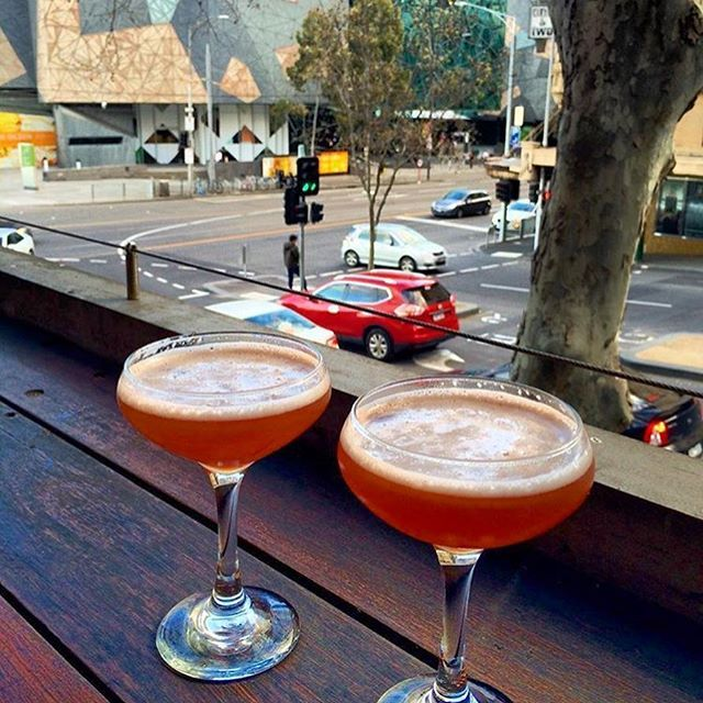 🇦🇺Cocktails with a view 📍Melbourne City 📍 @thedukemelbourne #tgif #friday #theduke #dukemelbourne #city #weekend #sunday #relaxing #outandabout #instaeats #melbourne #instamelbourne #melbournelifelovetravel #visitmelbourne #thatsmelbourne #travel #explore #instagood #instatravel #instafood #feelslikeeurope #dinner #thatsmelbourne #thatview #rooftop #melbournebar #rooftopbar #cocktails