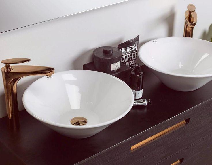 NYHETER 2017! NORO Relounge badrumsmöbel med handtagsinlägg och bänkskiva, här tillsammans med NORO Loop tvättställ och NORO Ocean blandare i rosé.