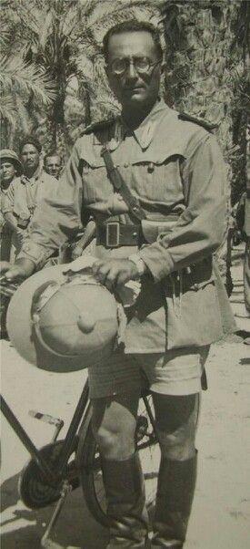 Etiopia 1940-Italian Army uniform - pin by Paolo Marzioli