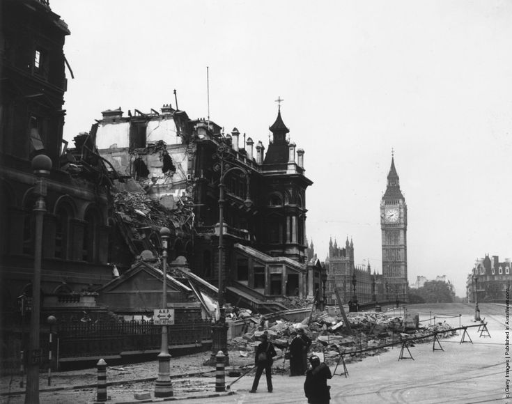 The debris of St Thomas's Hospital, London, the morning after receiving a direct hit during the Blitz, in front of the Houses of Parliament and Big Ben. 1940 (Photo by Fox Photos/Getty Images).