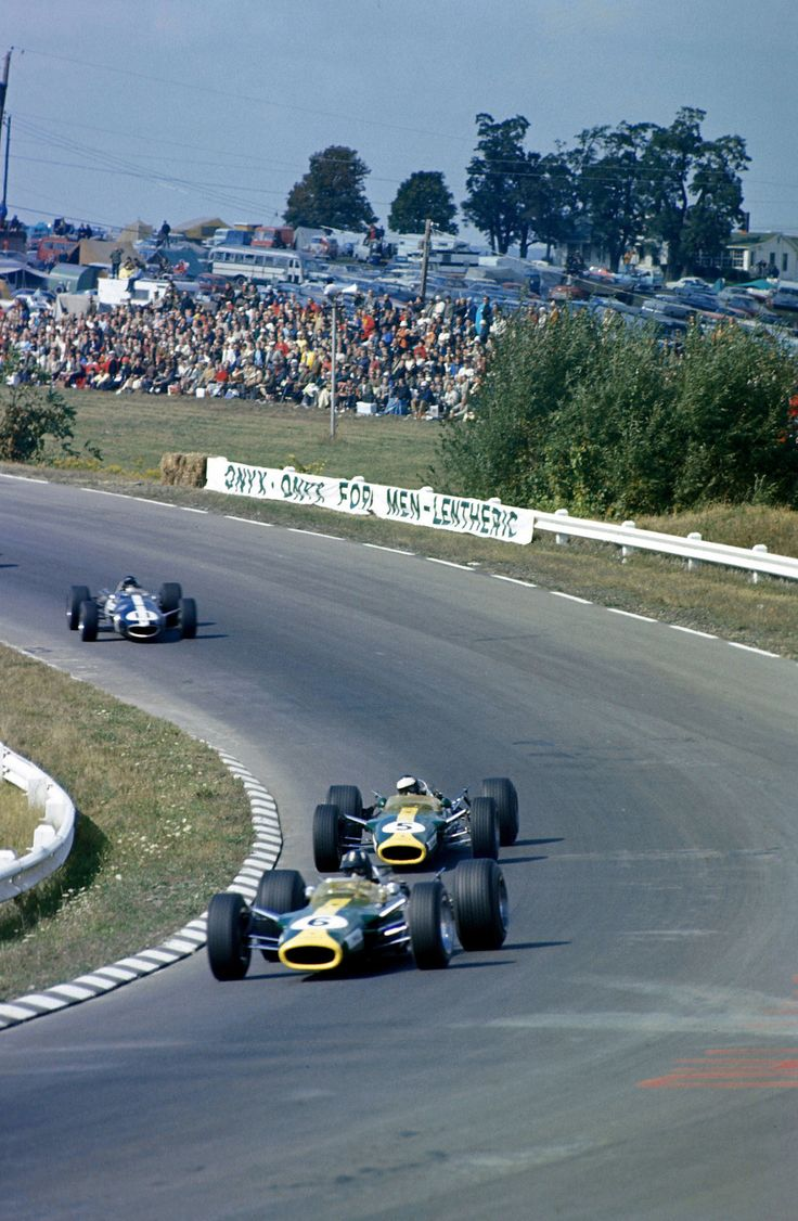 Graham Hill (Lotus-Ford 49), Jim Clark (Lotus-Ford 49) & Dan Gurney (Eagle-Weslake T1G), 1967 United States GP, Watkins Glen