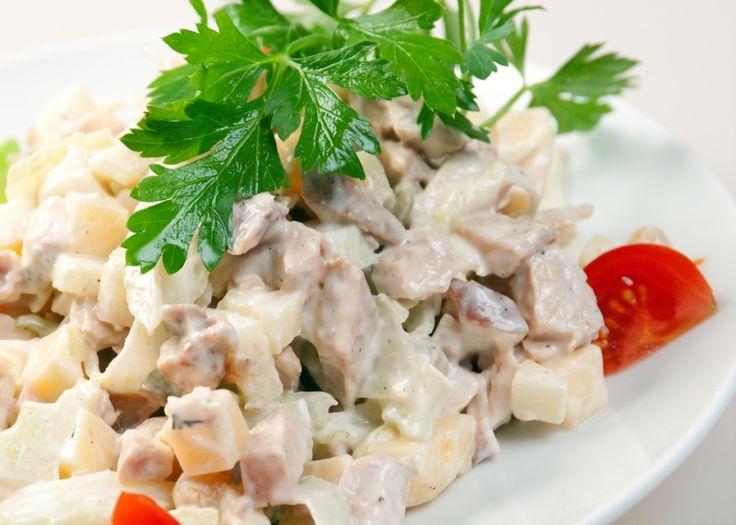 Συνταγές για μικρά και για.....μεγάλα παιδιά: Πατατοσαλάτα με ζαμπόν, τυρί και αυγό!