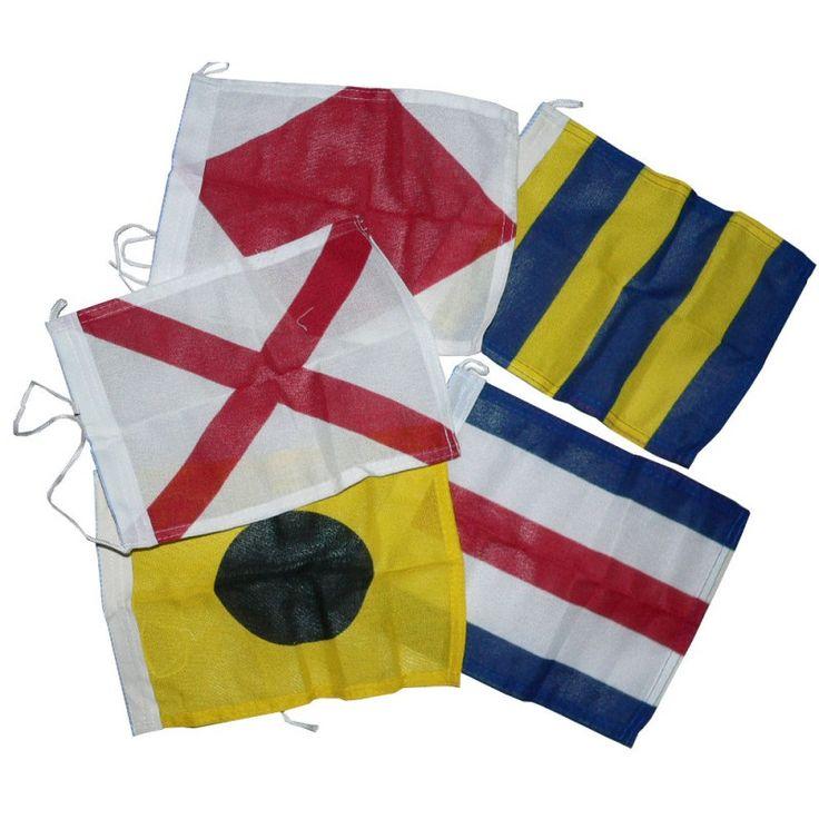 Seinstel 40 stuks seinvlaggen en wimpels 37x45cm Hoogste kwaliteit Spun Poly met koord en lus, rondom gezoomd Complete set signaalvlaggen, zonder canvastas De seinwimpels zijn een stuk langer dan het formaat van de vlaggen dat hoort zo officieel. In sommige landen is het aan boord hebben van seinvlaggen verplicht.