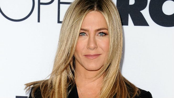 Jennifer Aniston Starts Every Morning With This Breakfast and Workout Routine