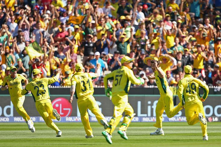 From the first over, Australia dominated New Zealand in the 2015 World Cup final, finally winning by 7 wickets in a one-sided final