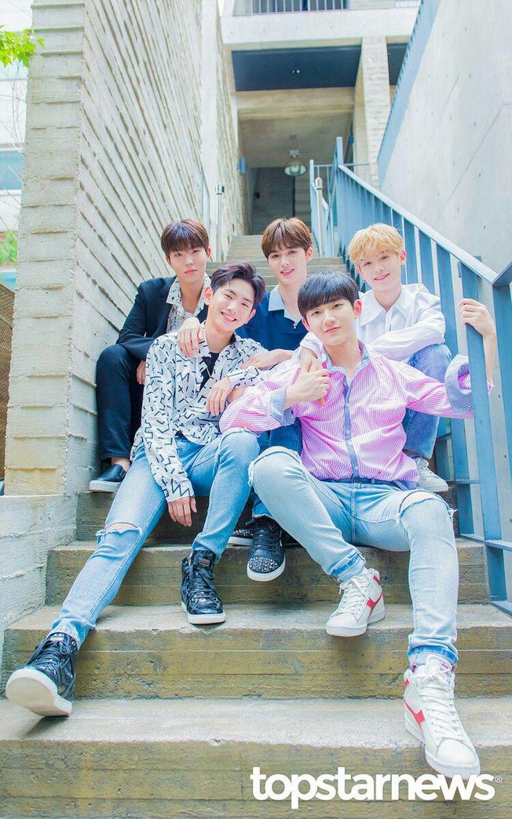 They're so cute. Yuehua boys Yuehua sprouts Choi Seung Hyuk Zhu Zheng Ting Jung Jung Huang Minghao Justin Lee Eui Woong Ahn Hyeong Seop Seob