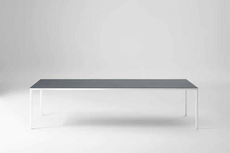 DESALTO > tavoli > helsinki > helsinki 30 tavolo circolare > acciaio
