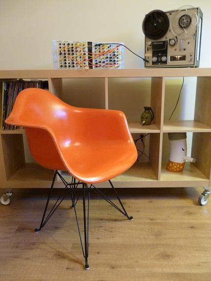 Somehow this orange Eames so much nicer
