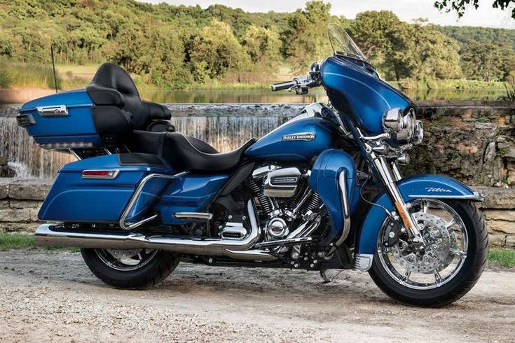 Harley-Davidson 2017 Electra Glide Ultra Classic Review