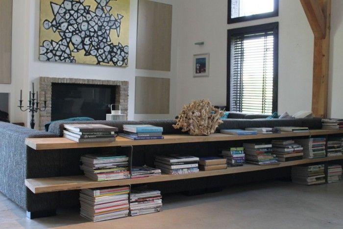meubels van pallethout - Erg mooi! Toch opbergruimte voor boeken/tijdschriften maar niet zo'n ernorme kast in je kamer!Gezien op de site van Koak Design