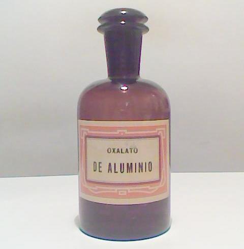 Frasco de farmacia o laboratorio, vidrio ambar oscuro o caramelo.  luciar.rosario@gmail.com
