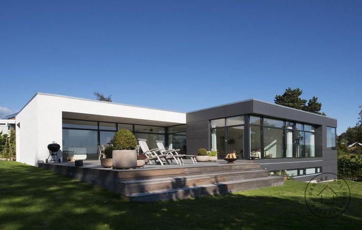 Villa set fra haven