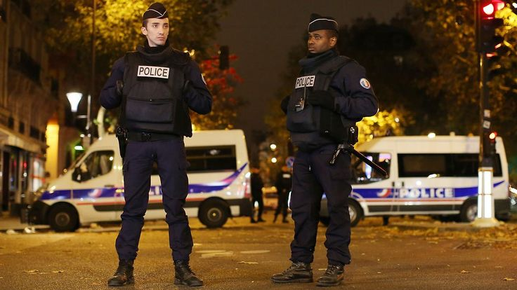 Anschlagspläne für Amsterdam?: IS schleust Terroristen als Flüchtlinge nach Europa