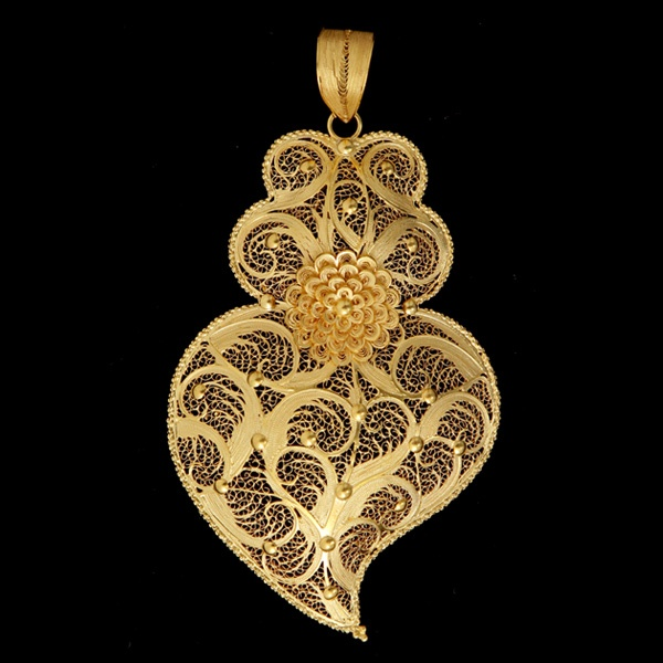 Filigree art - Coração de Viana do Castelo - Portugal  , Handmade  with gold or…