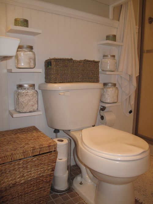 Small bathroom storage- a must!: Bathroom Design, Small Pet, Guest Bathroom, Small Shelves, Small Bathroom Storage, Small Bathrooms, Bathroom Ideas, Storage Ideas, Tiny Bathroom