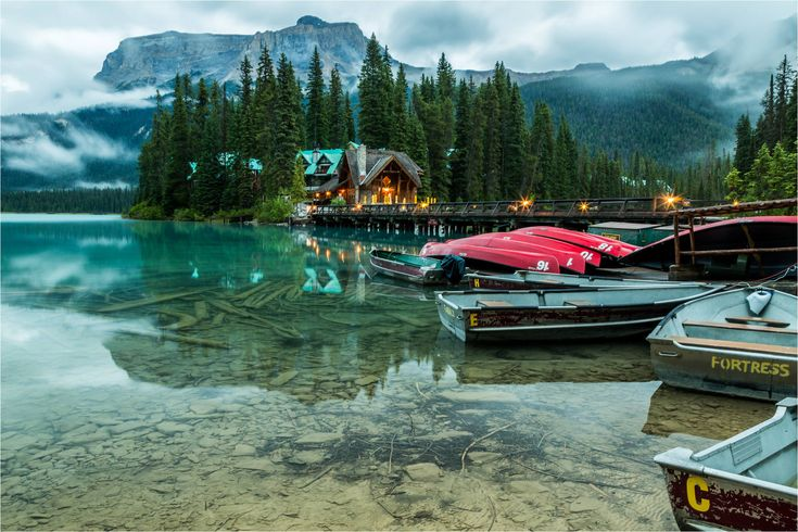 Most Beautiful Lakes In North America Emerald Lake Lakes And - North americas 9 most scenic lakes