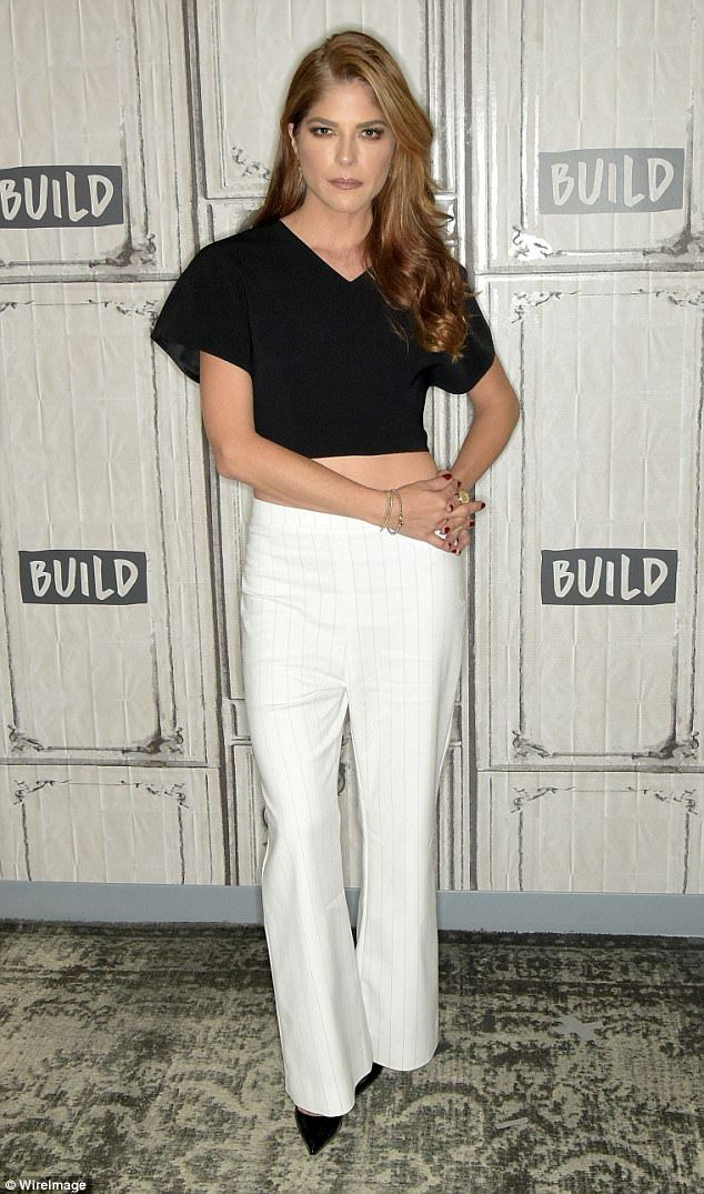 6c7703173e8 Selma Blair shows off her tiny waist in crop top and hipster flares ...
