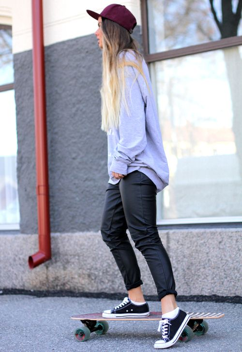 Oversized grey jumper and leather trousers