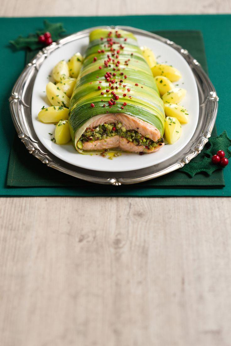 Scopri come realizzare un piatto a base di salmone ripieno. Leggi la ricetta di Sale&Pepe.