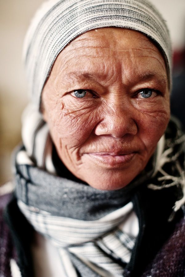 5 Tips For Capturing Great Street Portraits. A Guest Post by Desmond Louw. Read more: http://digital-photography-school.com/5-tips-for-capturing-great-street-portraits#ixzz2Ue2TgpJ4