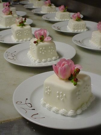rehearsal dinner individual cakes  | Recent Photos The Commons Getty Collection Galleries World Map App ...
