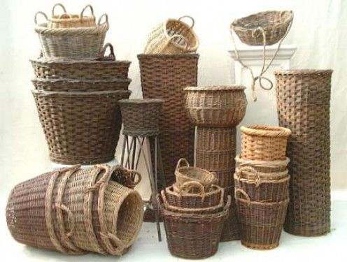 DIY Basket Weaving Basics for Beginners - apply to magazine and newspaper baskets.