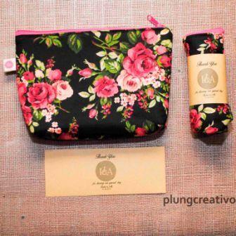 memproduksi souvenir tote bag untuk keperluan Souvenir nikahan, promosi perusahaan,  dan souvenir lainnya  info lebih lengkap kunjungi http://plungcreativo.com/souvenir/   atau via WhatsApp  +62-857-8696-0615