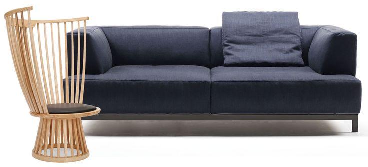 Abbinare divano e poltrona: un gioco creativo che, al di là dei gusti personali, implica senso delle proporzioni e capacità di adattare gli spazi alle proprie abitudini.