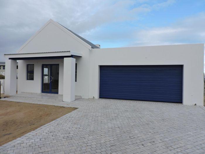 3.00 Bedroom/s, 2.50 Bathroom/s Property For Sale in LANGEBAAN BLUE LAGOON