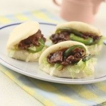 BAKPAO SANDWICH AYAM TERIYAKI http://www.sajiansedap.com/mobile/detail/16263/bakpao-sandwich-ayam-teriyaki