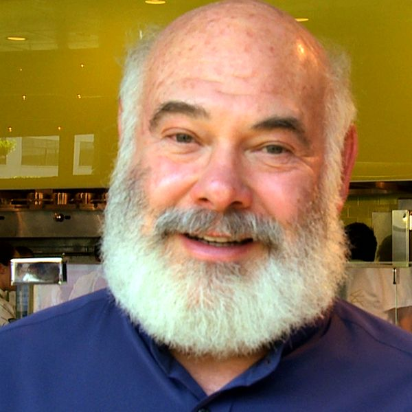 Dr. Andrew Weil's-   Secrets to an Anti-Inflammatory Diet-What you eat affects your body...right down to your white blood cells.  Video.