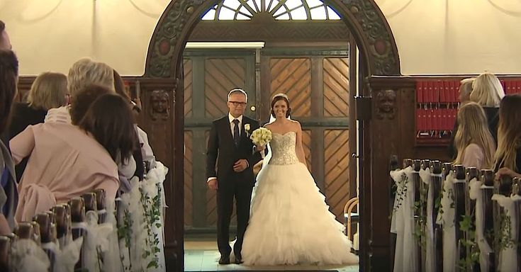 Bride And Her Dad Sing While Walking Down The Aisle via LittleThings.com