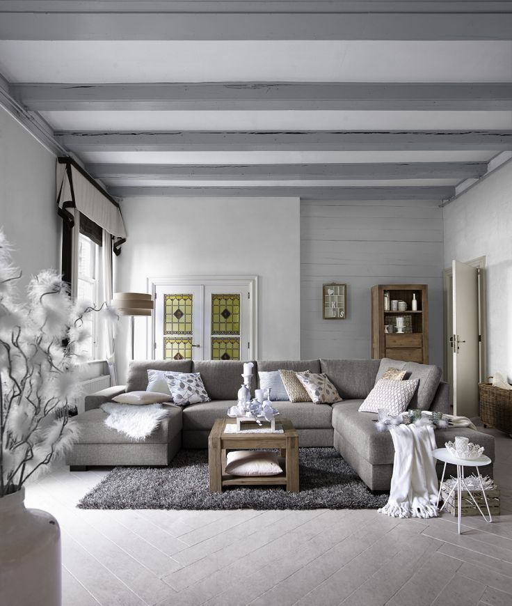 Model Florance is een zeer aantrekkelijk geprijsde bank, welke als  3 zits, 2,5 zits en 2 zits of als hoekcombinatie leverbaar is. #prontowonen  #droomwoonkamer