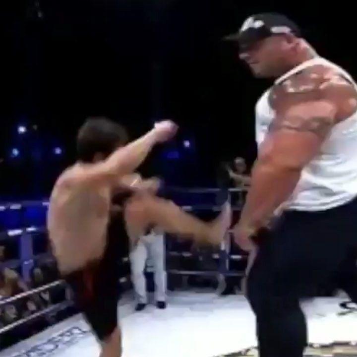 Boxing - MMA - KNOCKOUTS - @boxingnews360  . . . . . . #mma #ufc #martialarts #mixedmartialarts #boxing #kickboxing #muaythai #wrestling #karate #taekwondo #bjj #jiujitsu #sports #grind #fitness #motivation #gym #wwe #bellatormma#follow4follow#f4f #training #fit #fight #knockout #kickboxing#ufc222